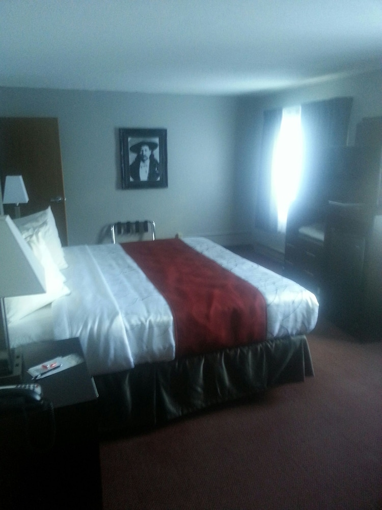 블랙스톤 로지 & 스위트(Blackstone Lodge & Suites) Hotel Image 5 - Guestroom