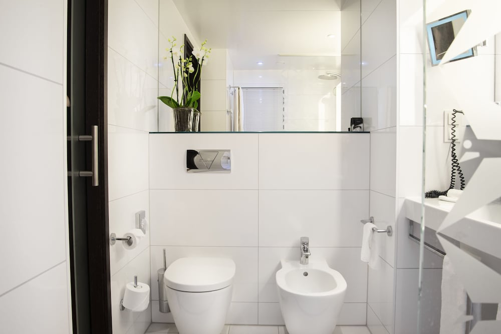 페스타나 베를린 티에르가르텐(Pestana Berlin Tiergarten) Hotel Image 25 - Bathroom