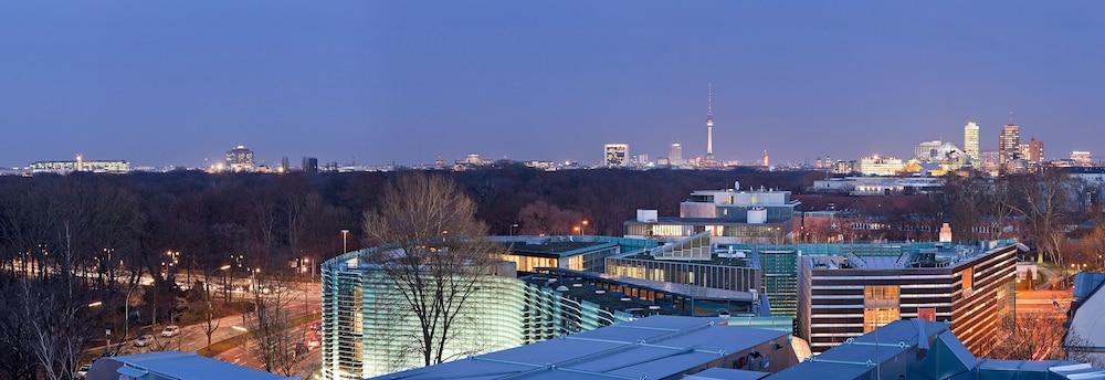 페스타나 베를린 티에르가르텐(Pestana Berlin Tiergarten) Hotel Image 60 - View from Hotel