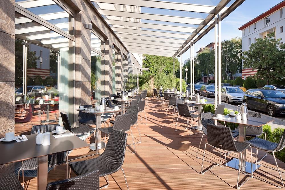 페스타나 베를린 티에르가르텐(Pestana Berlin Tiergarten) Hotel Image 57 - Terrace/Patio