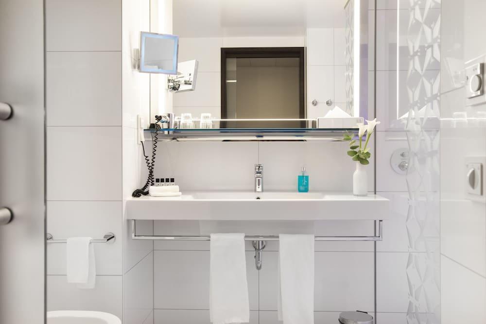 페스타나 베를린 티에르가르텐(Pestana Berlin Tiergarten) Hotel Image 26 - Bathroom
