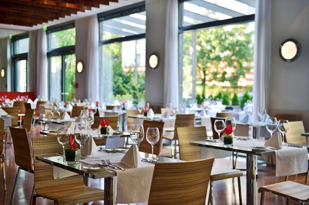 페스타나 베를린 티에르가르텐(Pestana Berlin Tiergarten) Hotel Image 37 - Breakfast Area