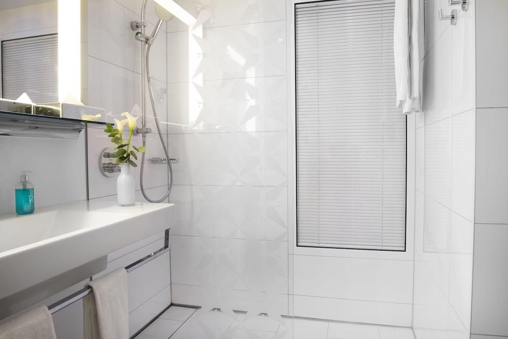 페스타나 베를린 티에르가르텐(Pestana Berlin Tiergarten) Hotel Image 27 - Bathroom