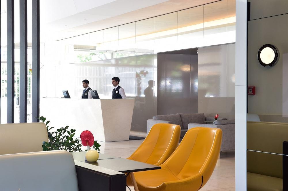 페스타나 베를린 티에르가르텐(Pestana Berlin Tiergarten) Hotel Image 2 - Interior Entrance
