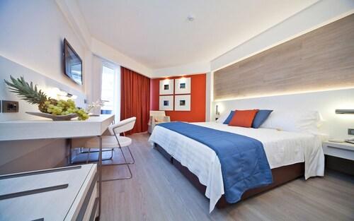 . Lafodia Sea Resort