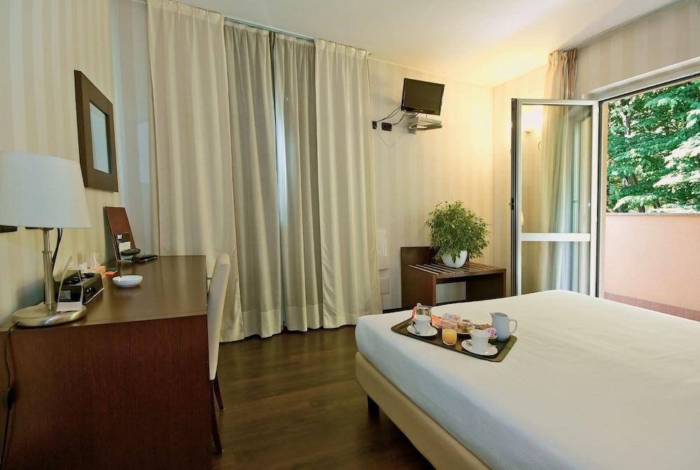 호텔 2C(Hotel 2C) Hotel Image 5 - Guestroom