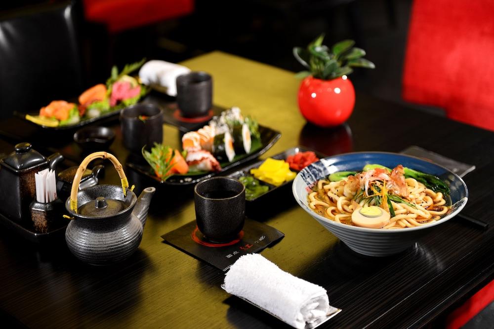 상하이 메리어트 호텔 리버사이드(Shanghai Marriott Hotel Riverside) Hotel Image 39 - Food and Drink