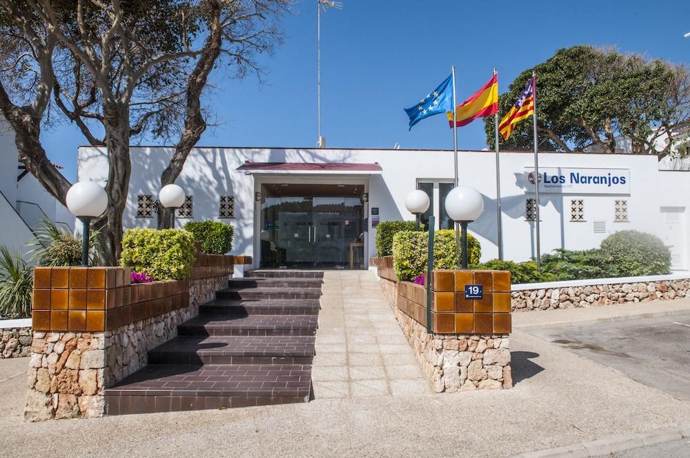 아파르타멘토스 로스 나란호스(Apartamentos Los Naranjos) Hotel Image 24 - Interior Entrance