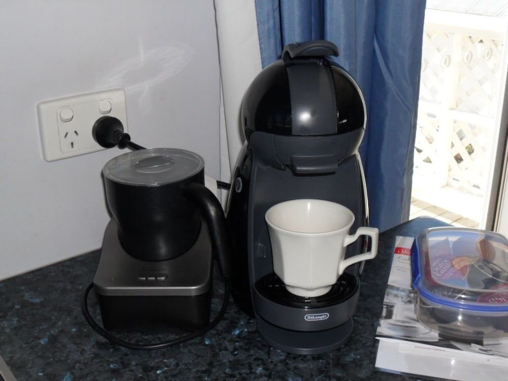 프레이시넷 워터스(Freycinet Waters) Hotel Image 28 - In-Room Coffee