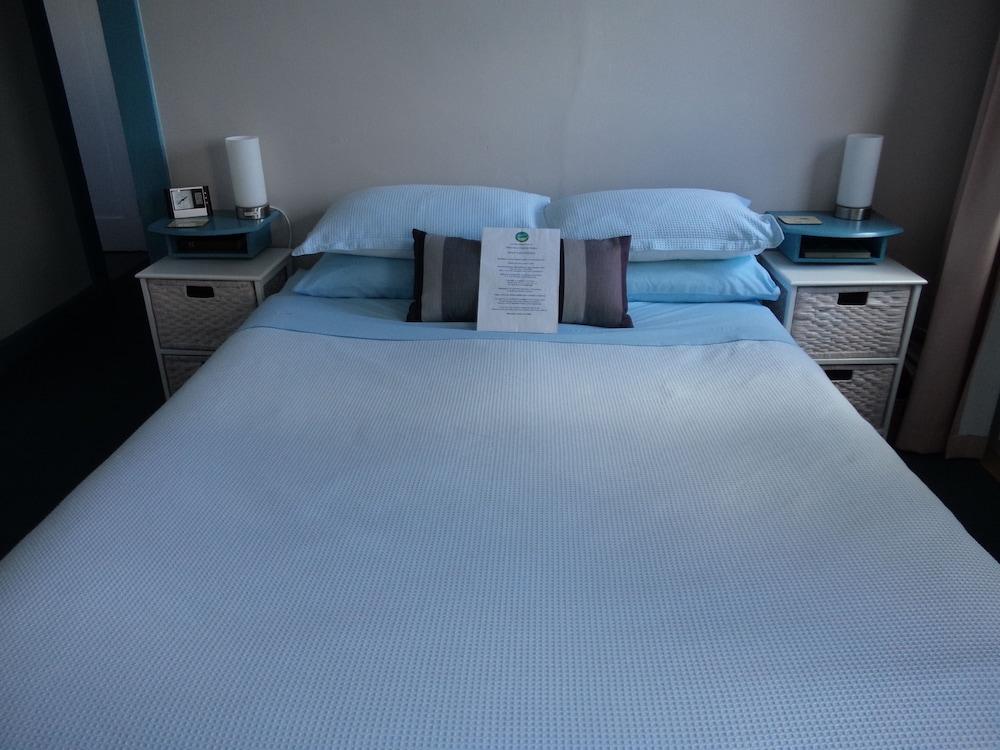 프레이시넷 워터스(Freycinet Waters) Hotel Image 7 - Guestroom