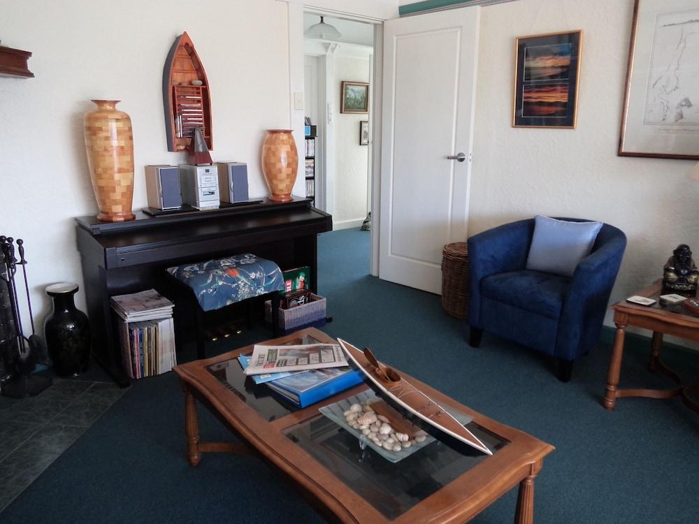 프레이시넷 워터스(Freycinet Waters) Hotel Image 41 - Hotel Interior