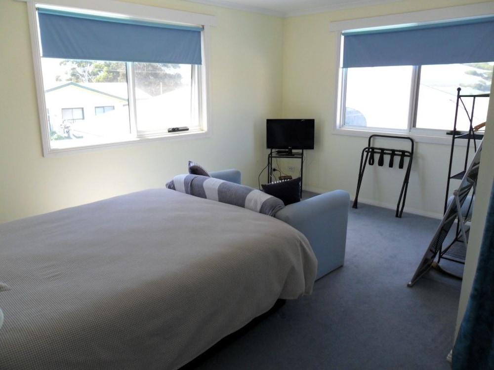 프레이시넷 워터스(Freycinet Waters) Hotel Image 4 - Guestroom