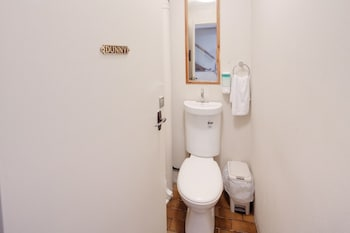 Neutral Bay Lodge - Bathroom  - #0