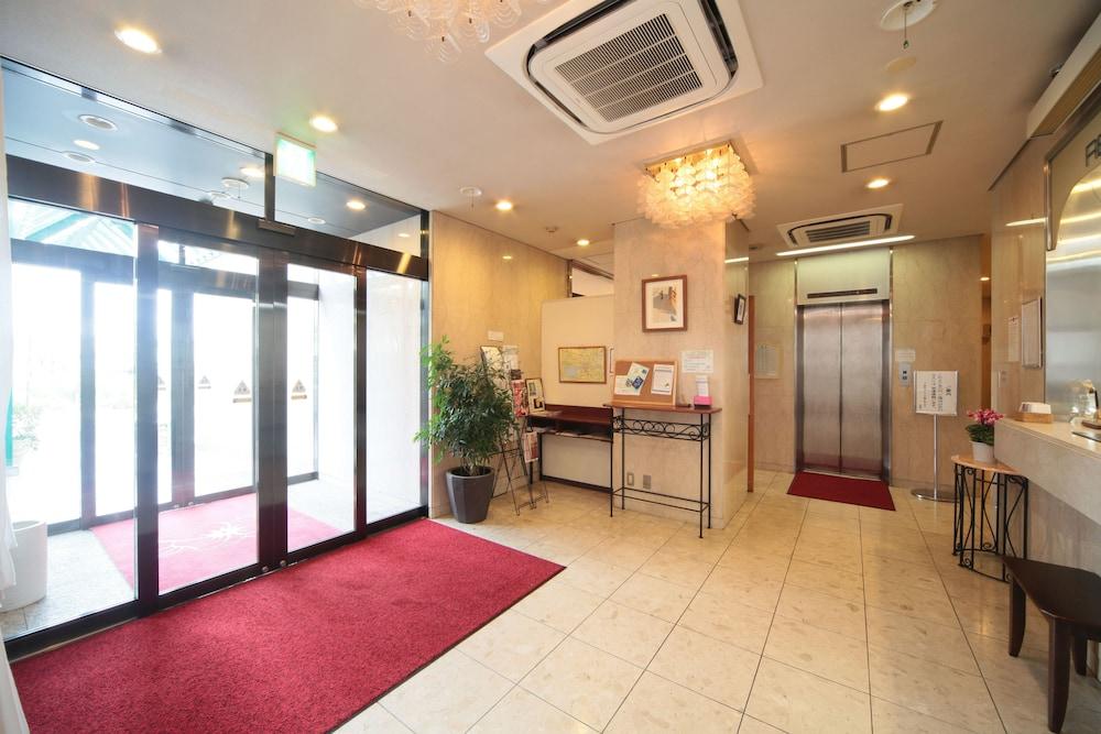 키시베 스테이션 호텔(Kishibe Station Hotel) Hotel Image 13 - Interior Entrance