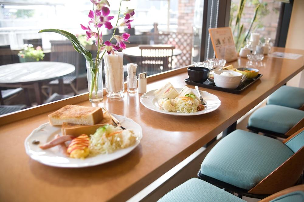 키시베 스테이션 호텔(Kishibe Station Hotel) Hotel Image 19 - Breakfast Meal