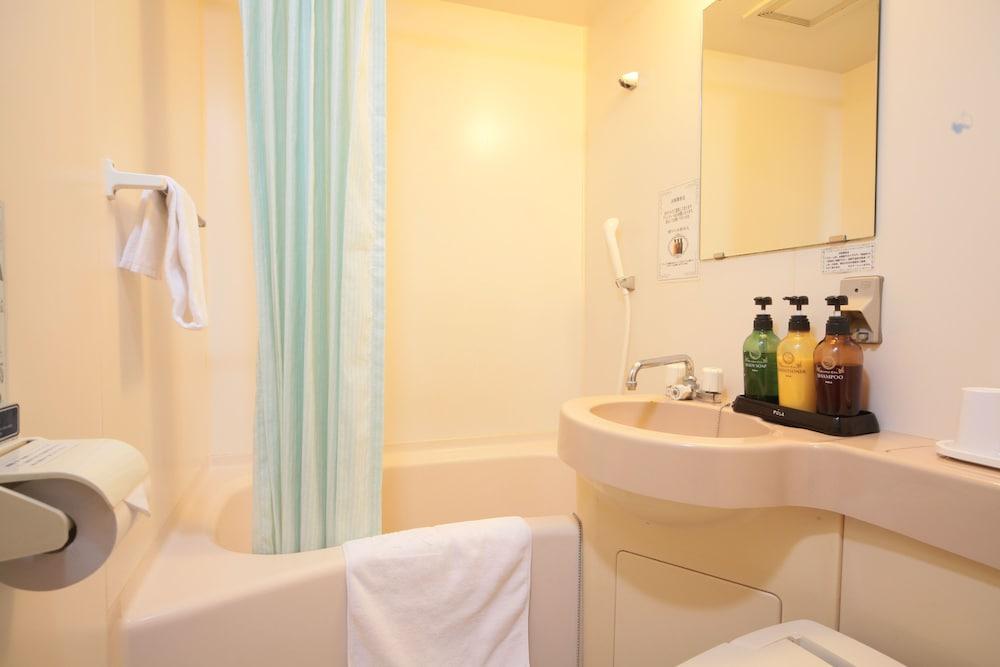 키시베 스테이션 호텔(Kishibe Station Hotel) Hotel Image 12 - Bathroom