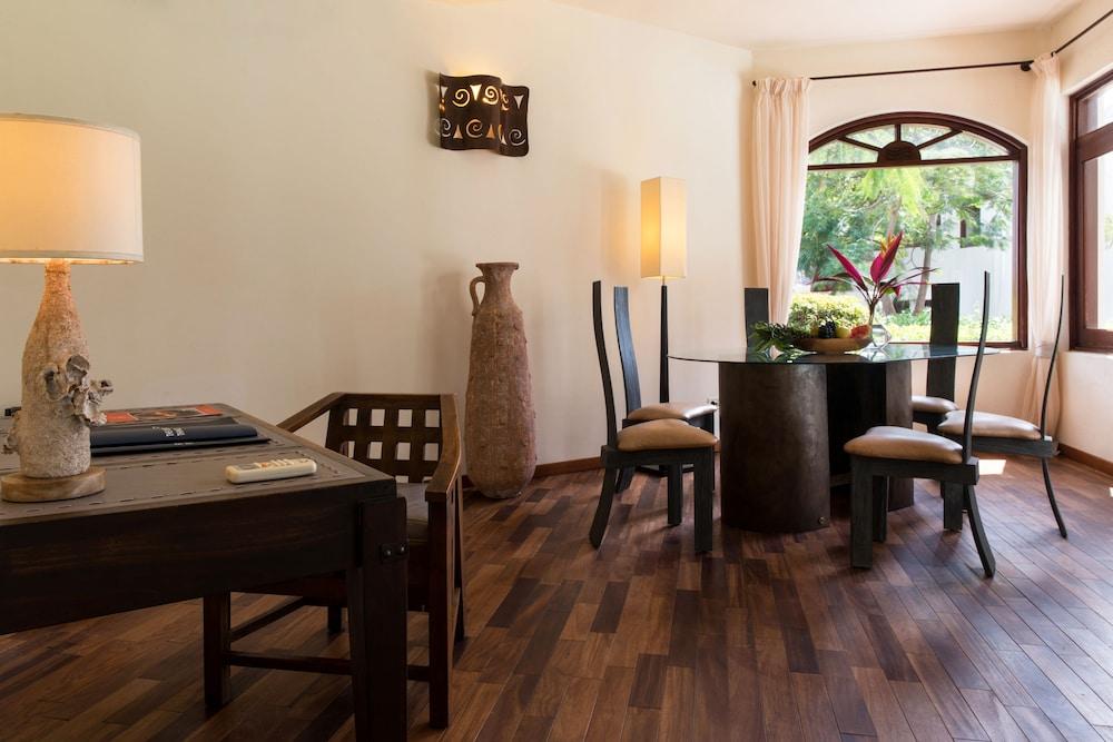 에스케 잘루 잔지바르(Essque Zalu Zanzibar) Hotel Image 22 - In-Room Dining