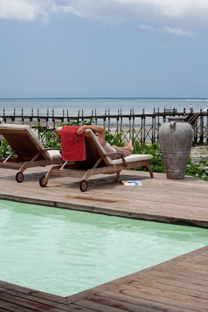 에스케 잘루 잔지바르(Essque Zalu Zanzibar) Hotel Image 100 - Jetted Tub