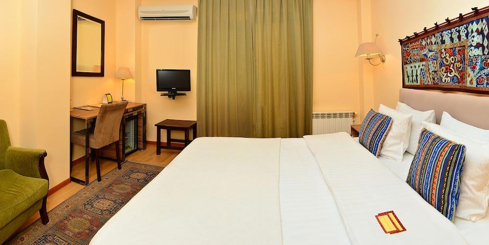벳시스 호텔(Betsy's Hotel) Hotel Image 5 - Guestroom
