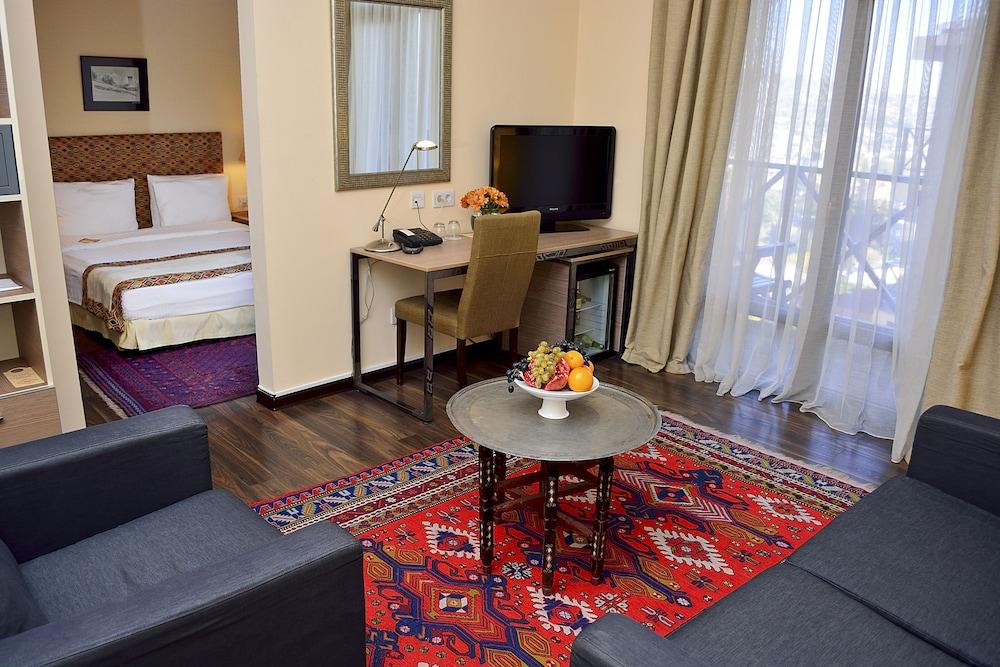 벳시스 호텔(Betsy's Hotel) Hotel Image 15 - Living Area