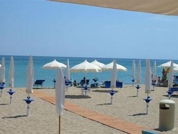 그랜드 호텔 데이 카발리에리(Grand Hotel dei Cavalieri) Hotel Image 38 - Beach