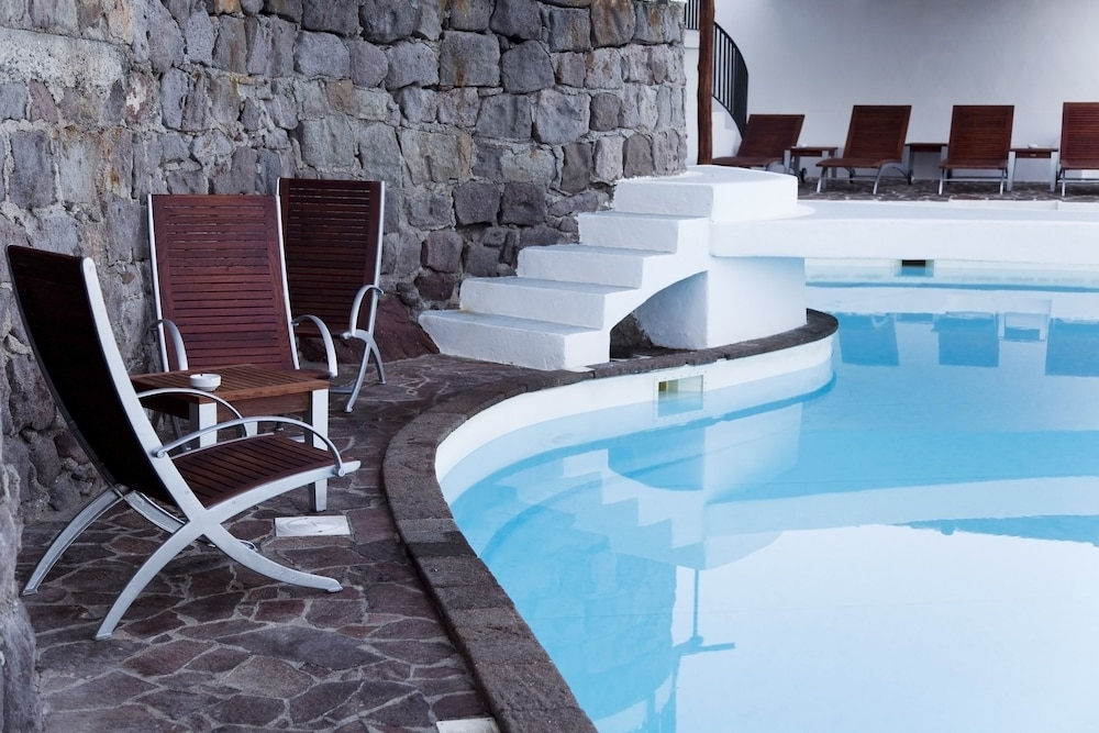 호텔 친코타(Hotel Cincotta) Hotel Image 17 - Outdoor Pool