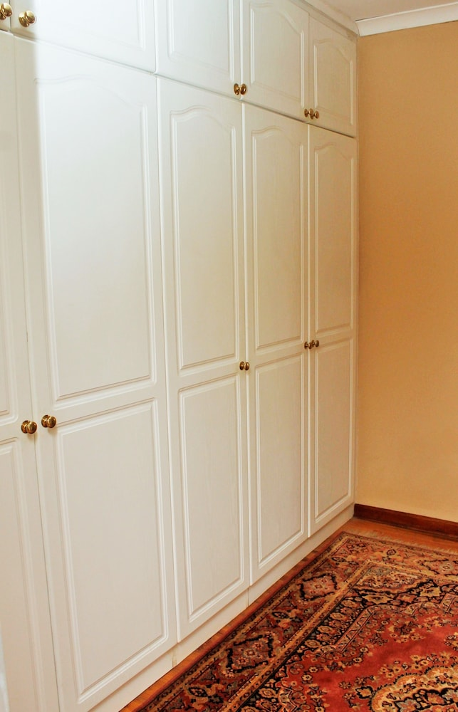 포레스트 뷰 게스트 하우스 & 셀프 캐터링(Forest View Guest House & Self Catering) Hotel Image 21 - Mini-Refrigerator
