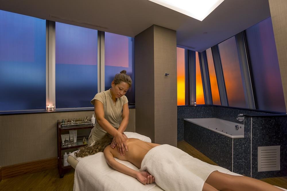 래디슨 블루 호텔 바투미(Radisson Blu Hotel Batumi) Hotel Image 46 - Massage