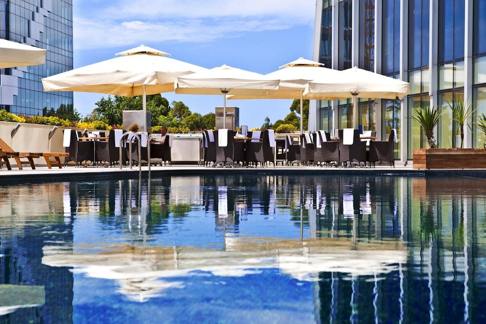 래디슨 블루 호텔 바투미(Radisson Blu Hotel Batumi) Hotel Image 38 - Outdoor Pool