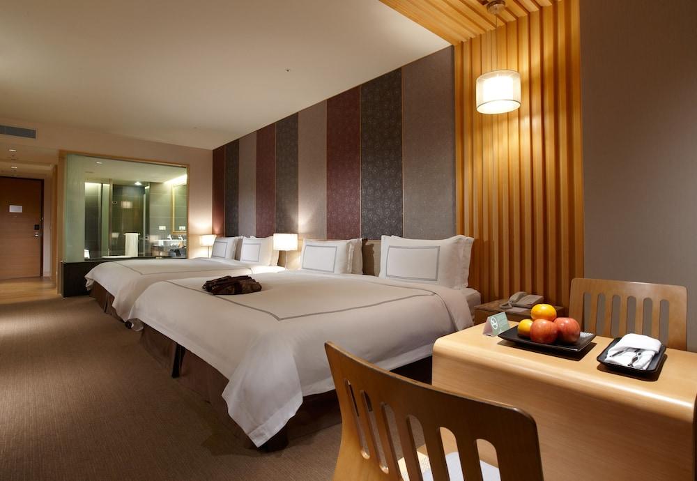 에버그린 리조트 호텔(쟈오시)(Evergreen Resort Hotel (Jiaosi)) Hotel Image 13 - Guestroom