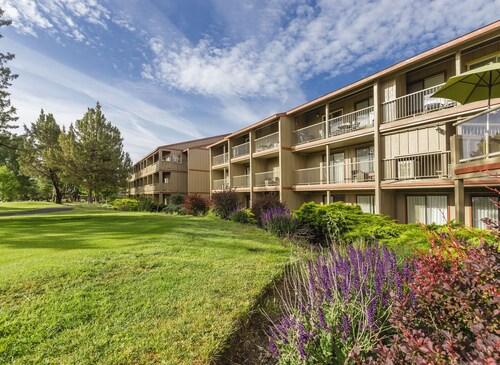 . Eagle Crest Resort Vacation Rentals