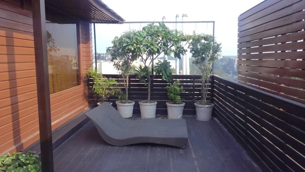 더 비사야(The Visaya) Hotel Image 11 - Terrace/Patio