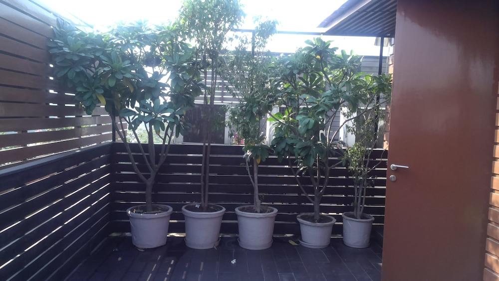더 비사야(The Visaya) Hotel Image 12 - Balcony