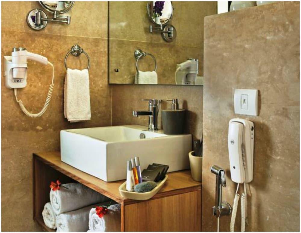 더 비사야(The Visaya) Hotel Image 20 - Bathroom
