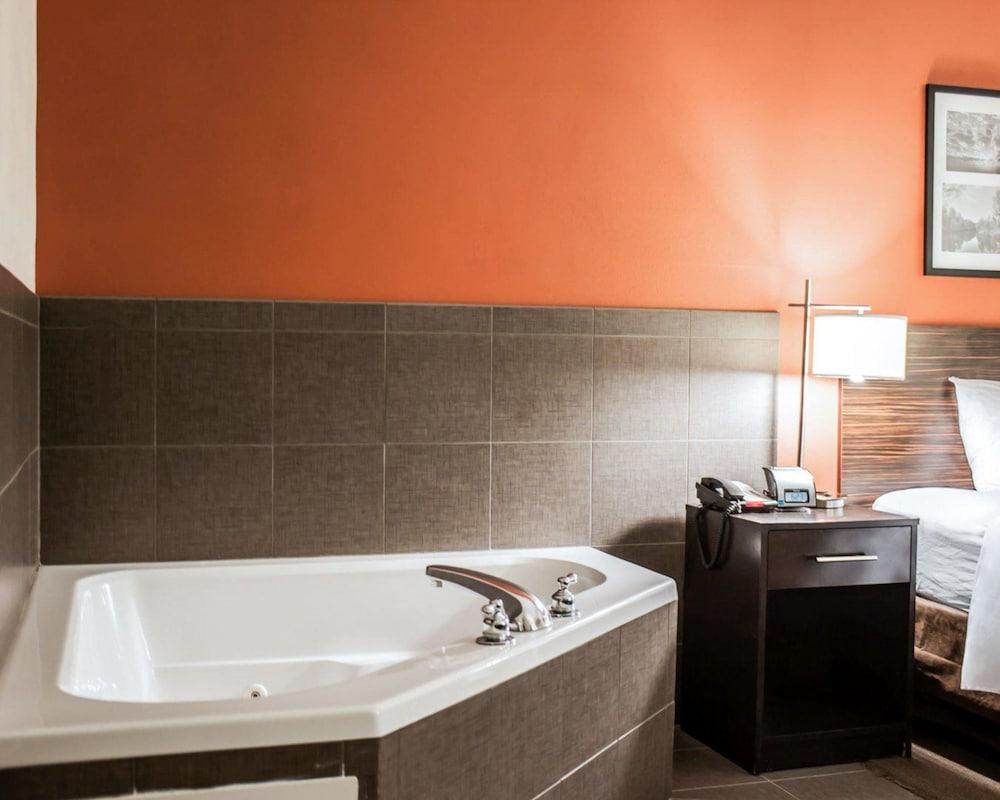 슬립 인 앤드 스위트 포트 캠벨(Sleep Inn & Suites Fort Campbell) Hotel Image 5 - Guestroom
