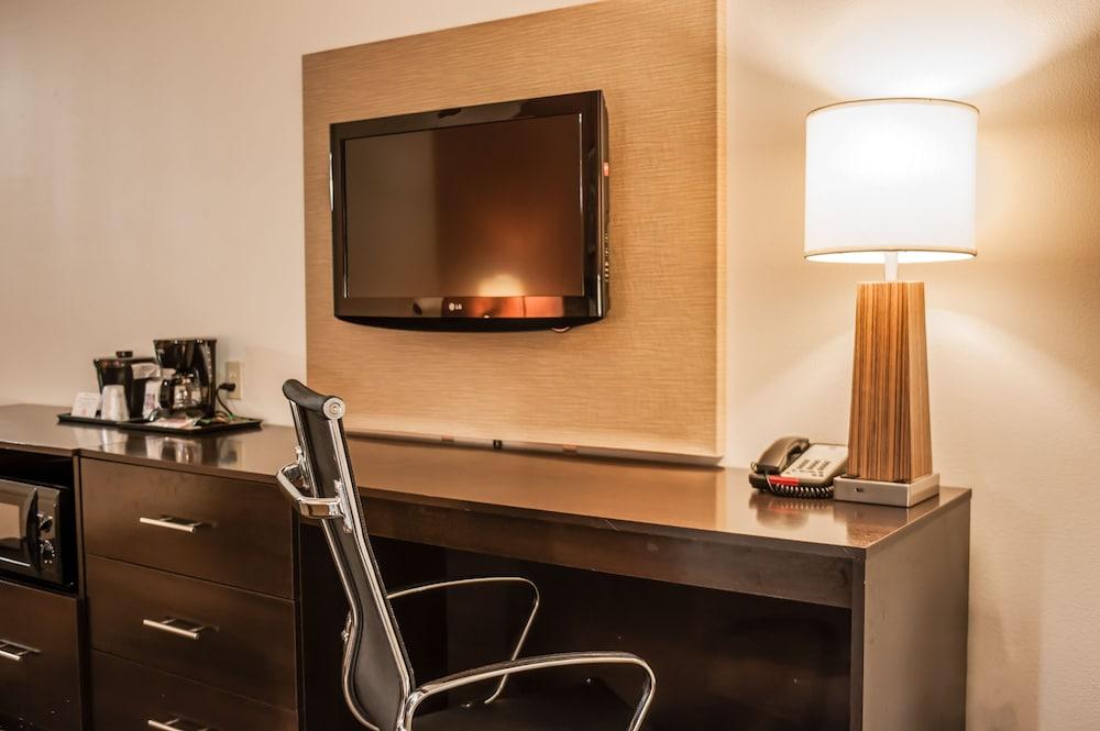 슬립 인 앤드 스위트 포트 캠벨(Sleep Inn & Suites Fort Campbell) Hotel Image 17 - Guestroom