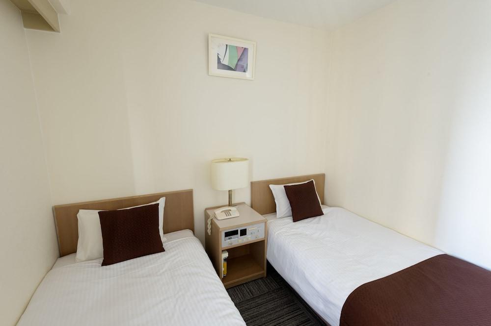 신 오사카 서니 스톤 호텔(Shin Osaka Sunny Stone Hotel) Hotel Image 33 - Guestroom