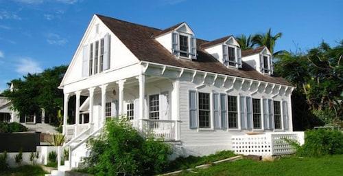 . Squires Estate