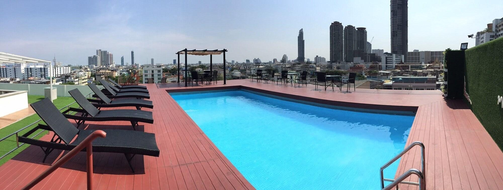 Miloft Sathorn Hotel, Bang Kho Laem