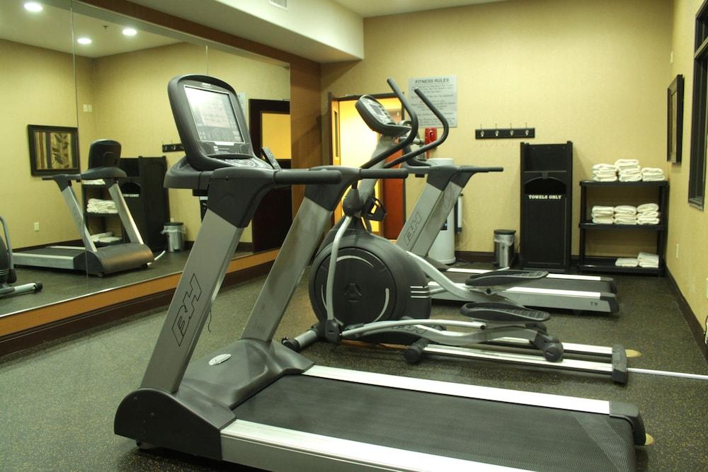 베스트 웨스턴 프리미어 KC 스피드웨이 인 & 스위트(Best Western Premier KC Speedway Inn & Suites) Hotel Image 32 - Gym
