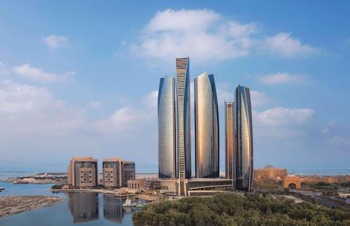 . Conrad Abu Dhabi Etihad Towers