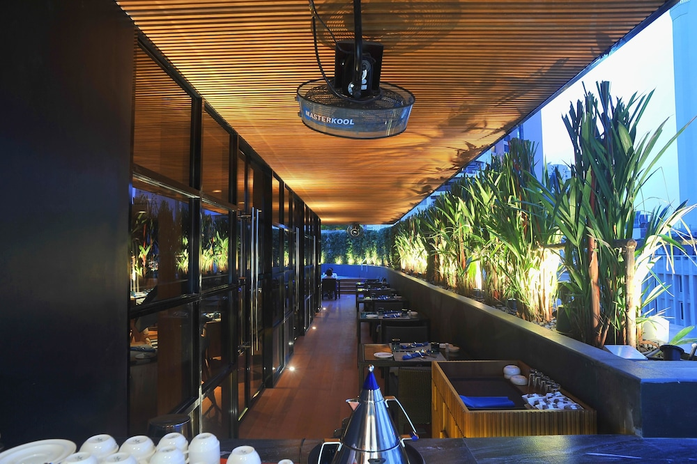 베스트 웨스턴 플러스 앳 20 스쿰윗(Best Western Plus At 20 Sukhumvit) Hotel Image 35 - Restaurant