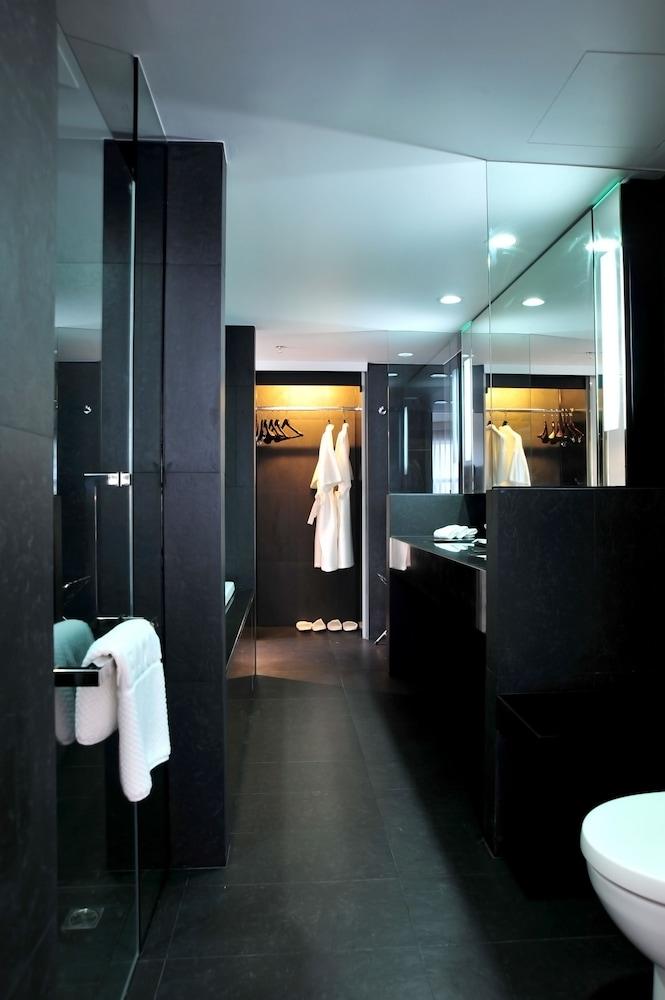 베스트 웨스턴 플러스 앳 20 스쿰윗(Best Western Plus At 20 Sukhumvit) Hotel Image 21 - Bathroom