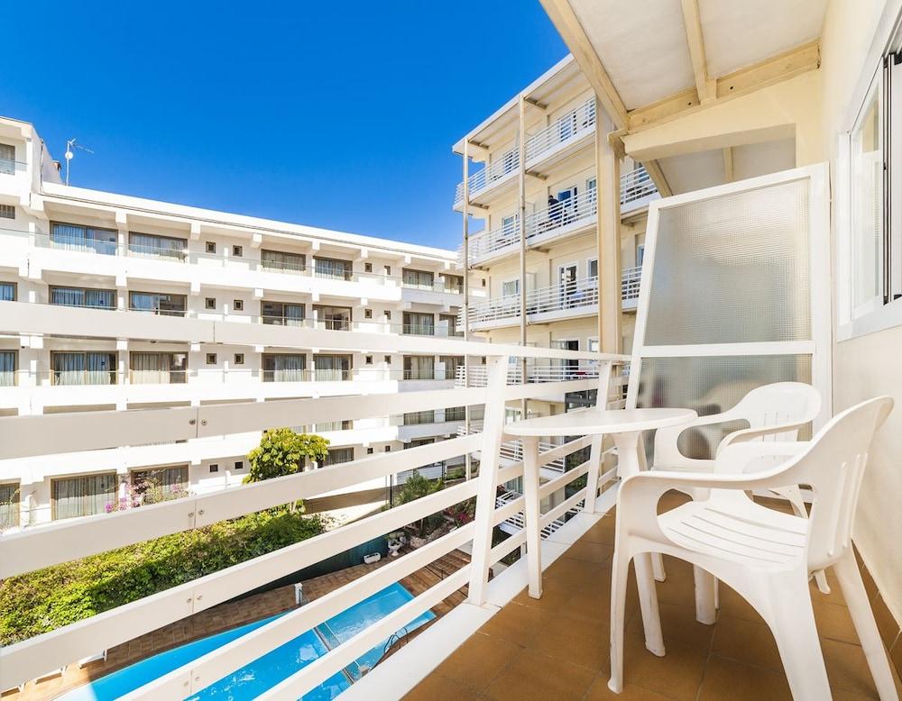 호텔 믹스 알레아(Hotel Mix Alea) Hotel Image 13 - Balcony