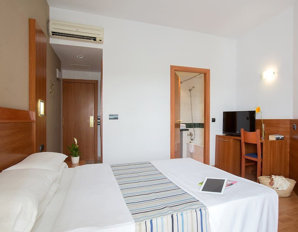 호텔 믹스 알레아(Hotel Mix Alea) Hotel Image 9 - Guestroom