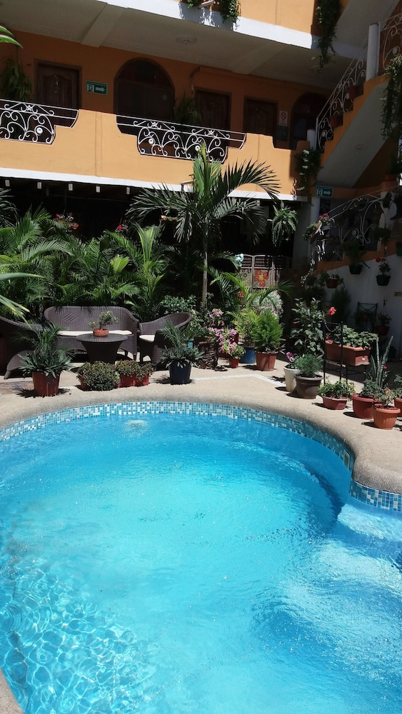 호텔 피에드라 델 마르(Hotel Piedra del Mar) Hotel Image 47 - Outdoor Pool