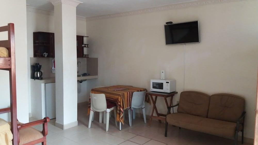 호텔 피에드라 델 마르(Hotel Piedra del Mar) Hotel Image 13 - Guestroom