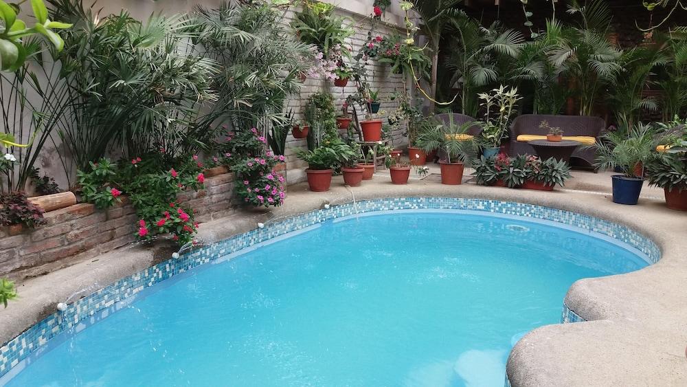 호텔 피에드라 델 마르(Hotel Piedra del Mar) Hotel Image 28 - Outdoor Pool