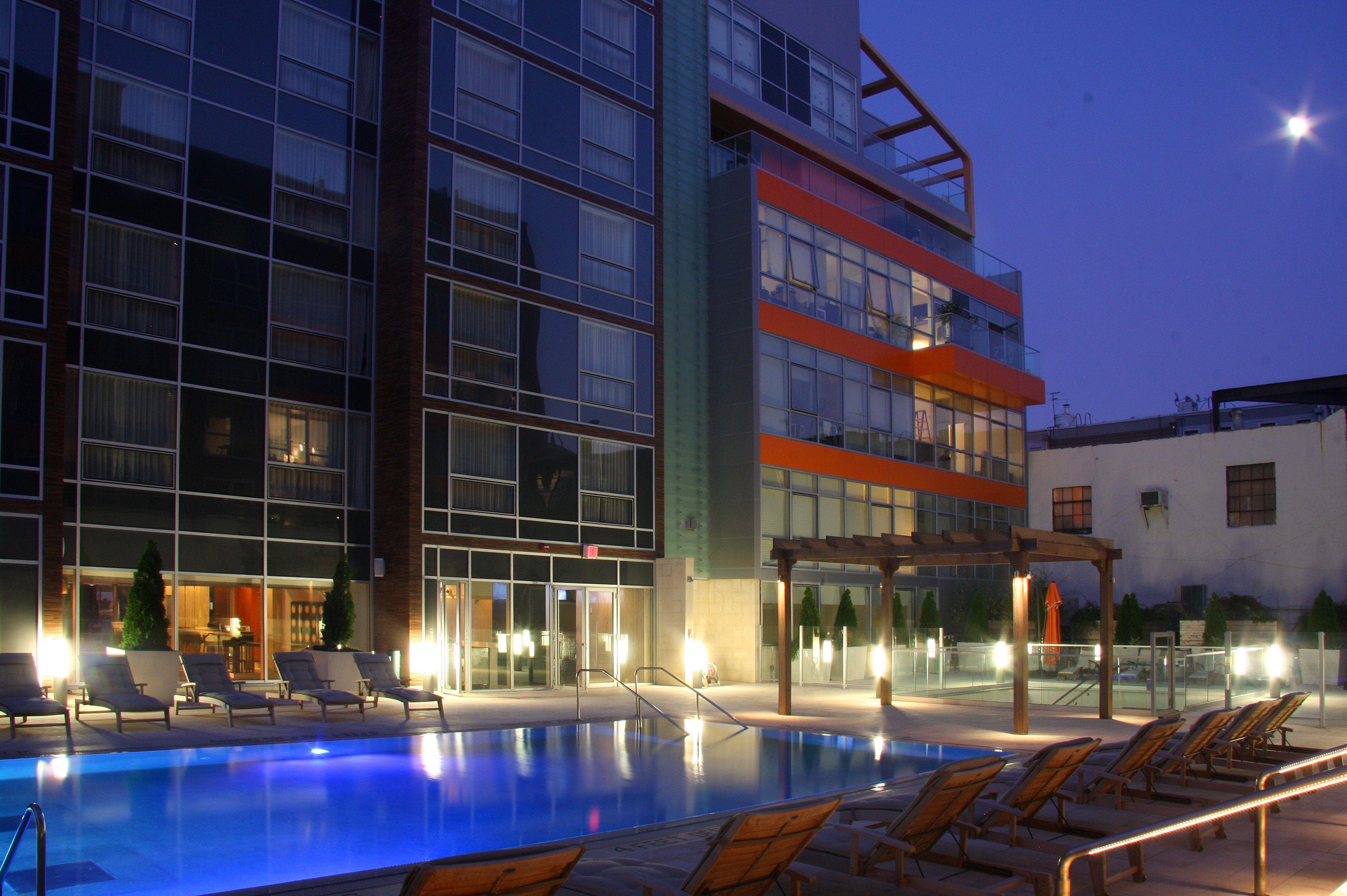 Mccarren Hotel & Pool Williamsburg