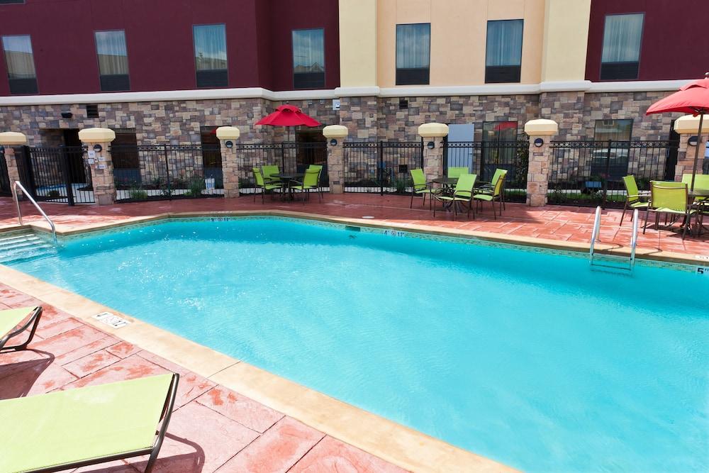햄프턴 스위트 털사 센트럴(Hampton Suites Tulsa Central) Hotel Image 24 - Outdoor Pool